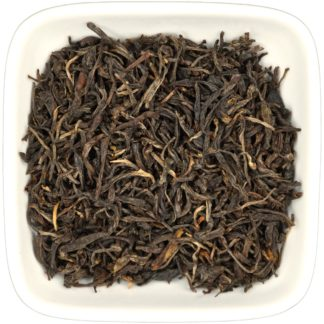 Assam Mountain Oolong dry leaf view
